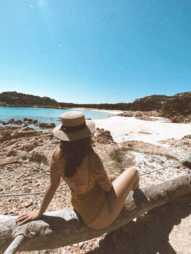 travel blogger Italia budelli